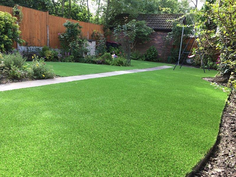 domestic-garden-artificial-grass