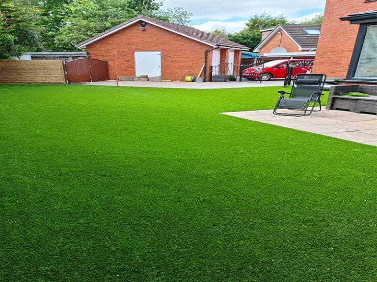 Artificial Lawn in Bootstown